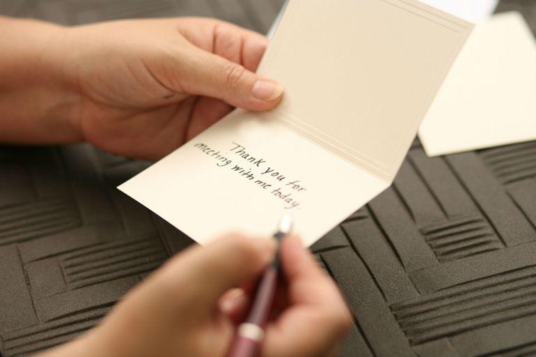 كيف تكتب رسالة شكر مثالية للزبون
