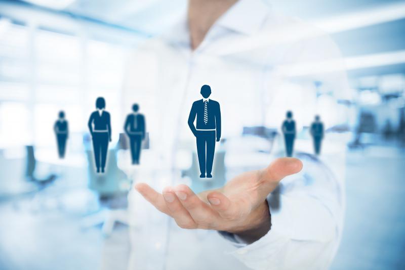 أفضل ١٠ مواقع لتطوير القادة والمديرين أونلاين – مجاناً